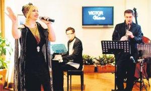 laura-fygi-perform