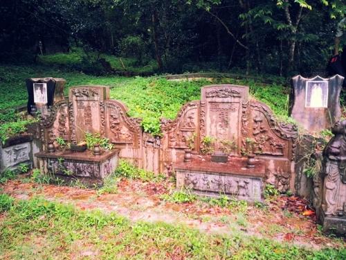 couple tombstones