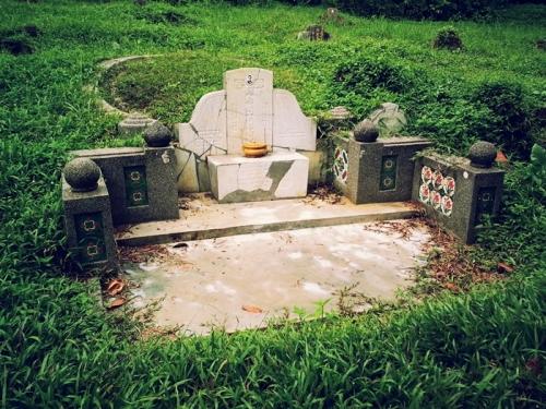 hokkein tombstone